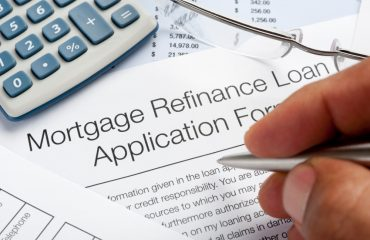 Refinance-Your-Mortgage-370x240_c